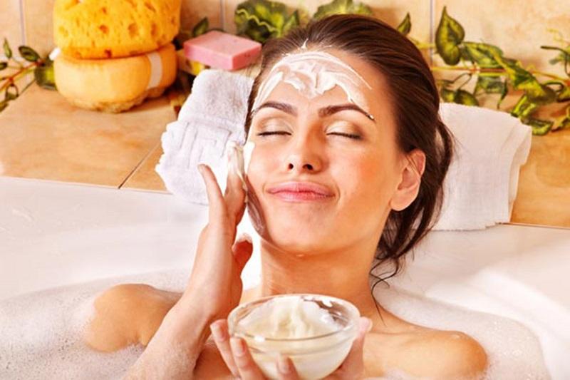 Йогуртовый массаж-маска